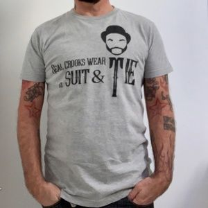 FIREFLY Real Crooks Wear a Suit & Tie Hipster Tee